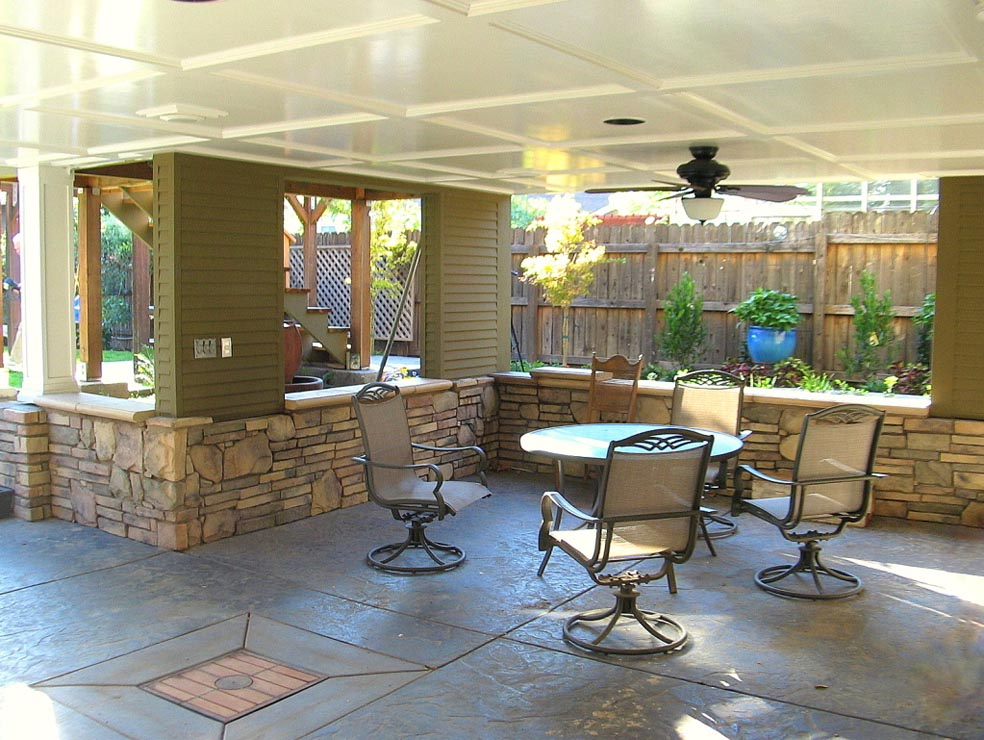 Easy covered patio designs joy studio design gallery for Covered patio decorating ideas