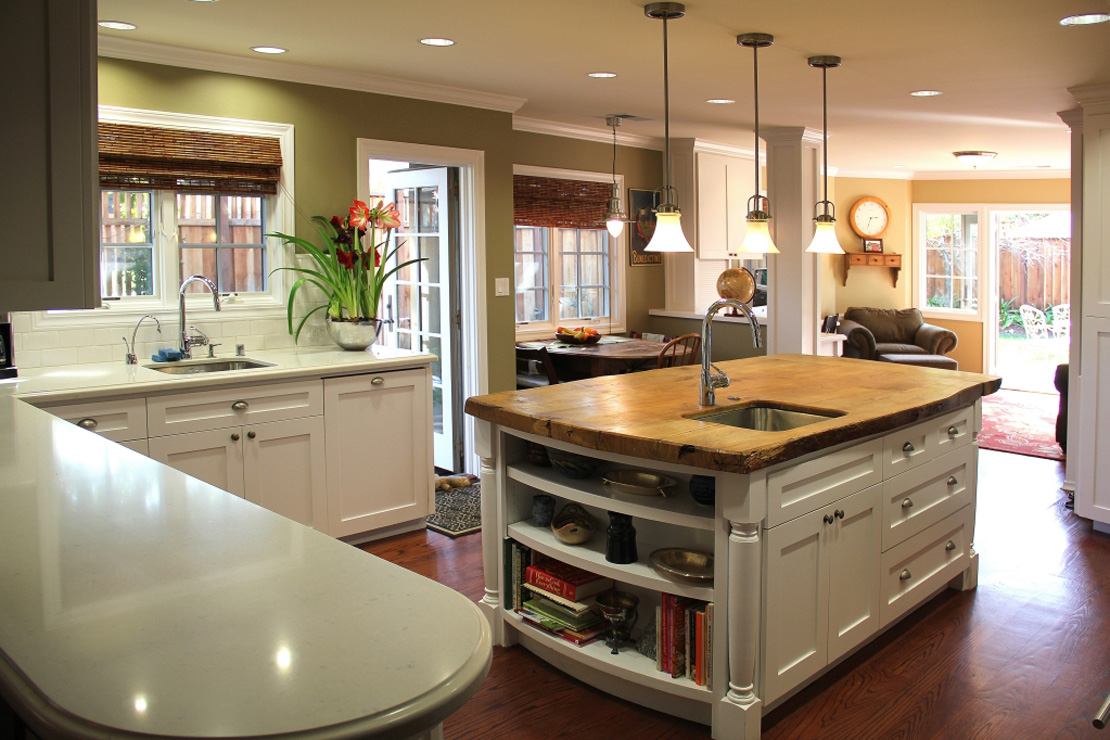 Madson design project gallery remodeled kitchen family for Kitchen wall island